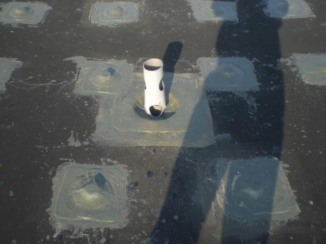 Abdichtung von PVC-Dächern mit Flüssigkunststoff
