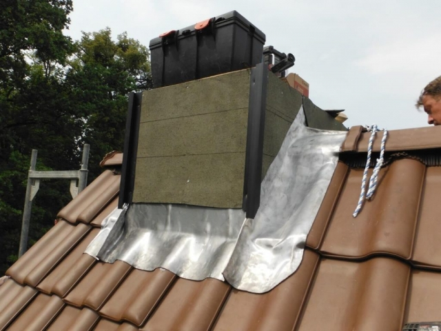 Dachklempnerarbeiten-Schornsteineinfassung
