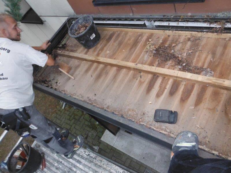 Sanierung von Eingangsdächern einer Wohnungsgenossenschaft